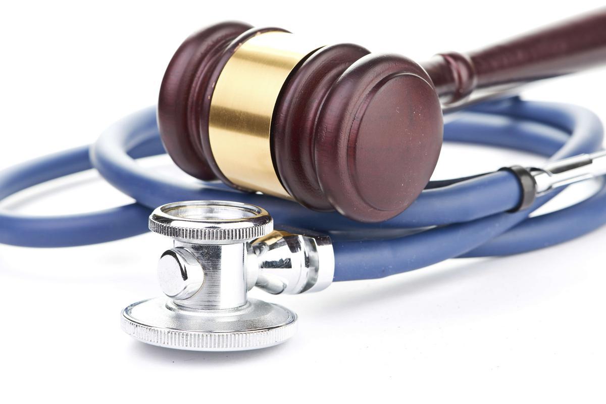 Focus sur la responsabilité du pharmacien d'officine consécutive à la délivrance d'un médicament